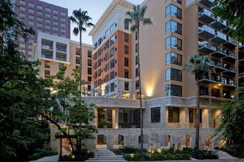 安東尼奧河岸步道歡朋套房飯店 Hampton Inn & Suites San Antonio Riverwalk