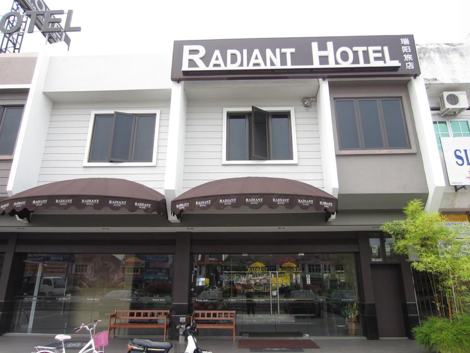 Radiant Hotel, Manjung