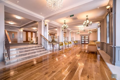 FRONTIER EUROPE HOTELS GROUP, Siret