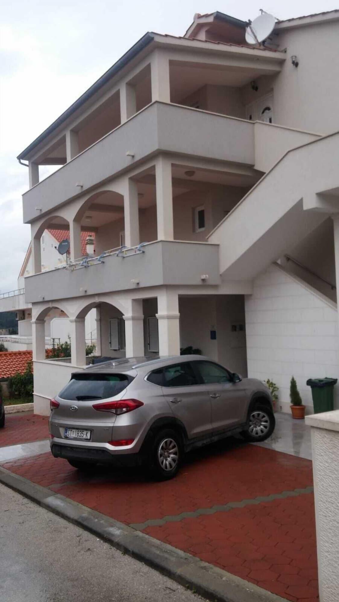 Apartments Pharos, Hvar