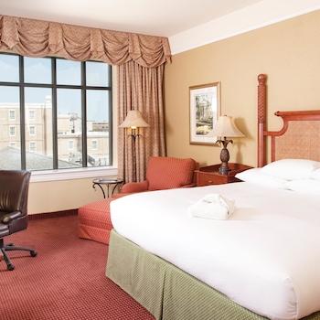 Hotel on Market