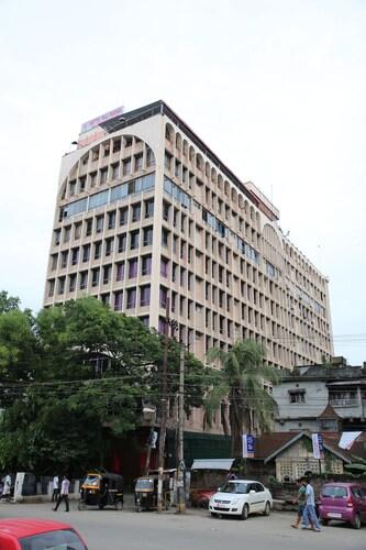 . Hotel RajMahal