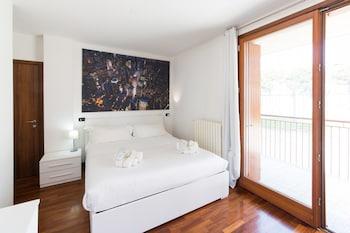 Hotel - Suitelowcost Limbiate - White