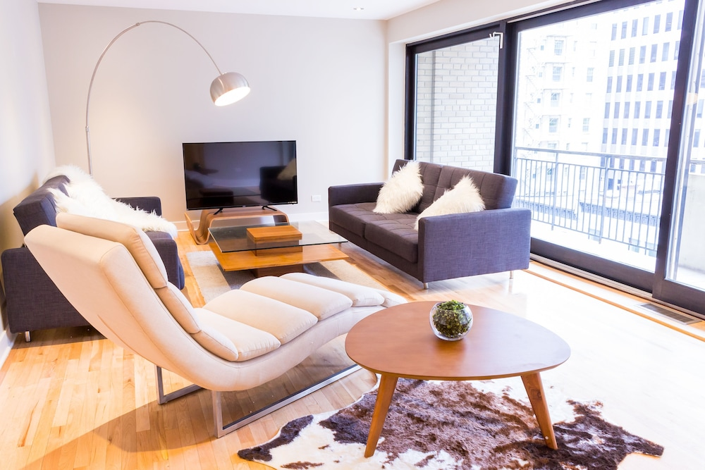 Elegant Apartments in City Centre by Nuage