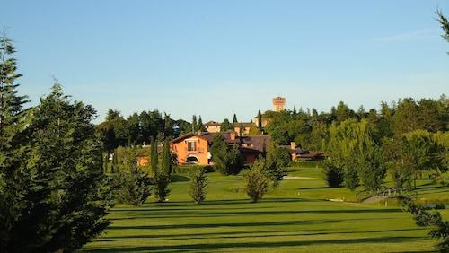 . La Tavernetta al Castello