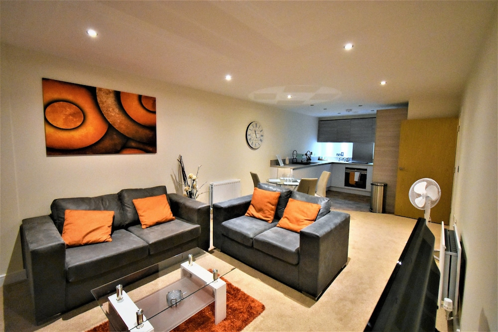 Alder House Serviced Apartment by Ferndale