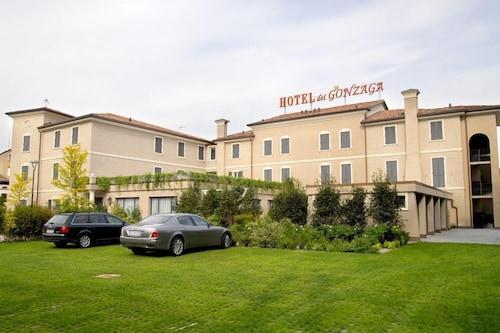 . Hotel dei Gonzaga