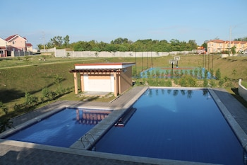 BOHOL TOURIST ACCOMMODATION Outdoor Pool