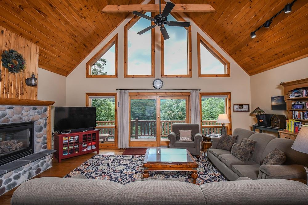 Mountain Perch 4 Bedroom House