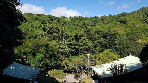 Bungalow With one Bedroom in Saint-pierre, With Wonderful Mountain Vie, Saint-Pierre
