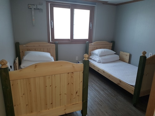 The View Hostel, Tongyeong