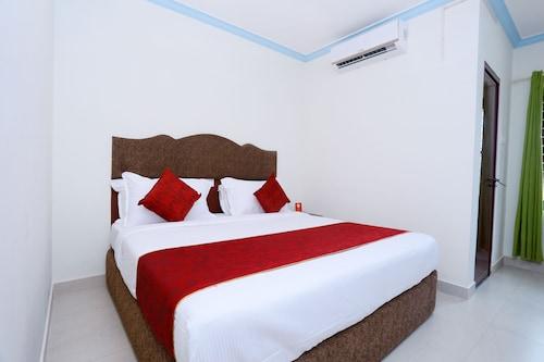 OYO 22008 Jrj Suites, Thiruvananthapuram