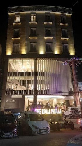 The Royal Phular, Muzaffarpur