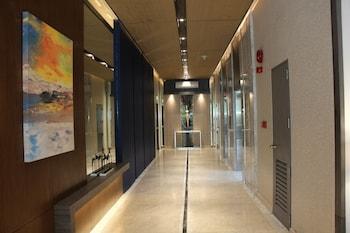 SANTORINI HOTEL Hallway