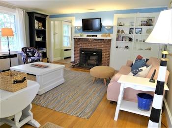 64 Rock Harbor - 3 Bedroom House