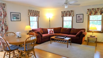 20 Woodpine - 4 Bedroom House
