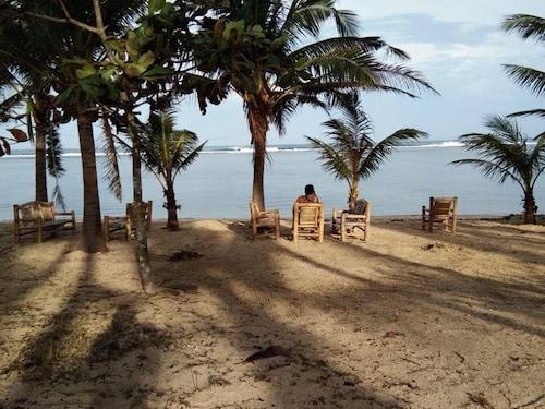 Kubhotel White Sand Beach Resort, Bolinao
