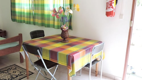 Apartment With one Bedroom in Le Robert, With Wifi - 2 km From the Bea, Le Lamentin