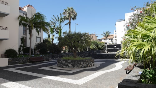 Jasmineiro Palms Palace Apartment, Funchal