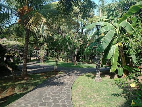 Rini Hotel, Buleleng