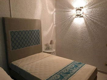 Classic Double or Twin Room, 1 Queen Bed