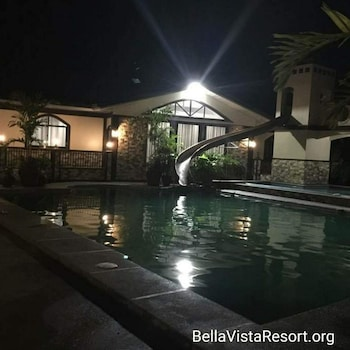 BELLA VISTA RESORT Outdoor Pool