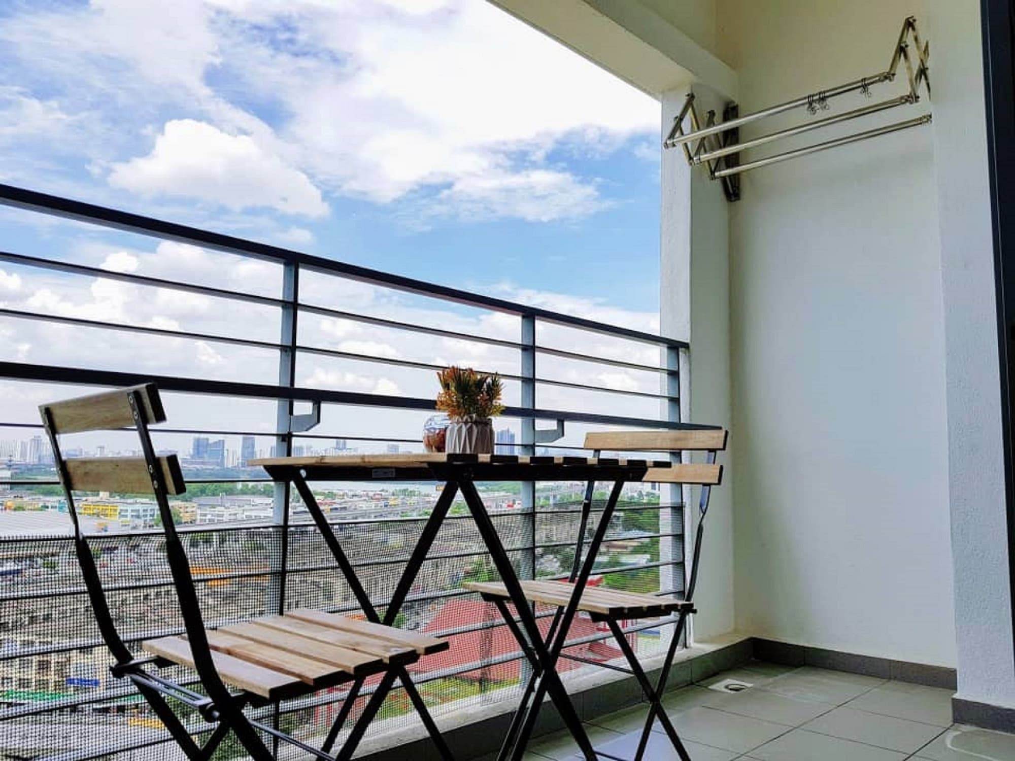 Puchong 8-12 pax Cozy Apartment IOI, Kuala Lumpur