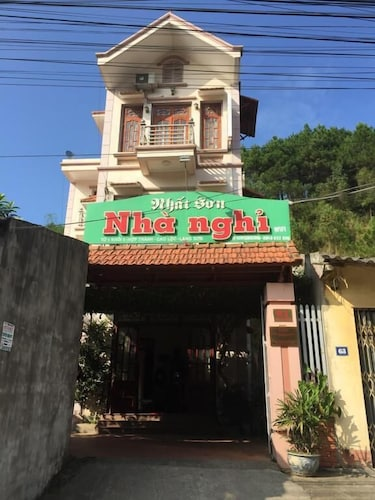 Nhat Son Guesthouse, Cao Lộc