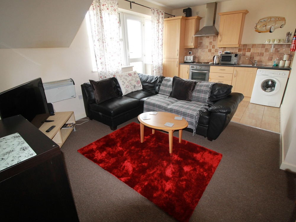2 Bed Apartment Llandaff Cardiff by Cardiff Holiday Homes