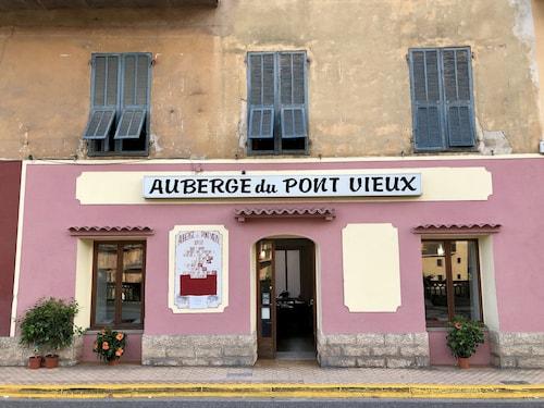 . Hostellerie du Pont Vieux