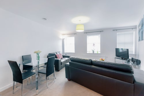 . Roomspace Apartments -Jubilee Court