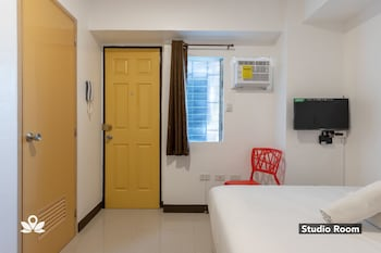 ZEN ROOMS FORTVIEW BGC Room