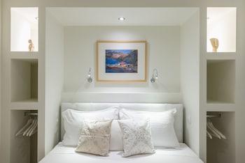 ALC PERIKLEOUS ROOMS 5
