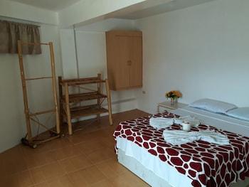 GRACE HOTEL & DIVE Room