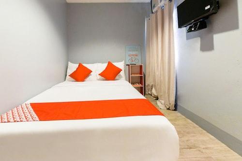 OYO 112 Majesty Suites, Quezon City
