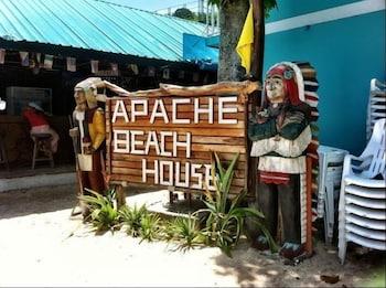 Hotel - Apache Beach House