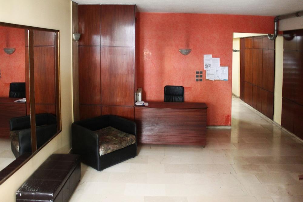スタジオ イン パグラティ