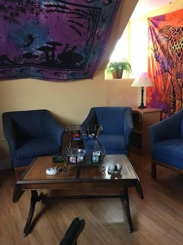 Room 5-Boulder Crescent Inn - Boutique hotels for Rent in Colorado Spr, El Paso
