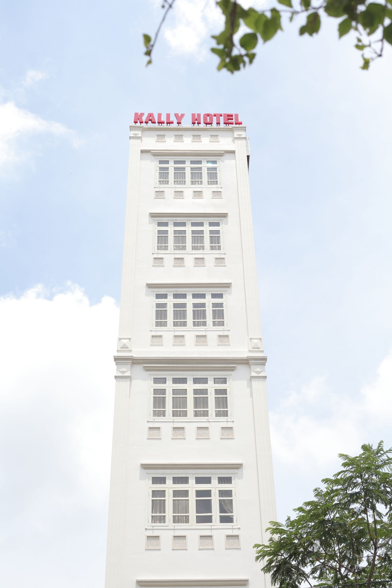 Kally Hotel, Quận 4