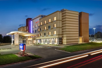 Fairfield Inn & Suites by Marriott Fresno North/Shaw Avenue
