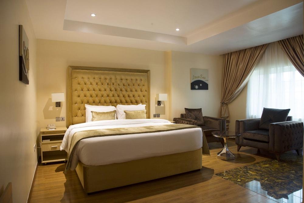 BON Hotel Elvis