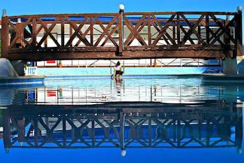 GISWOLD LAGUNDE BEACH RESORT Outdoor Pool