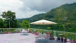 Fishermen's Lodge - A Lake Facing Hotel (20 KMS From Nainital)