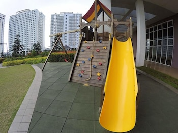 MAXSTAYS - MAX VIEW AT WIND RESIDENCES TAGAYTAY Children's Play Area - Outdoor