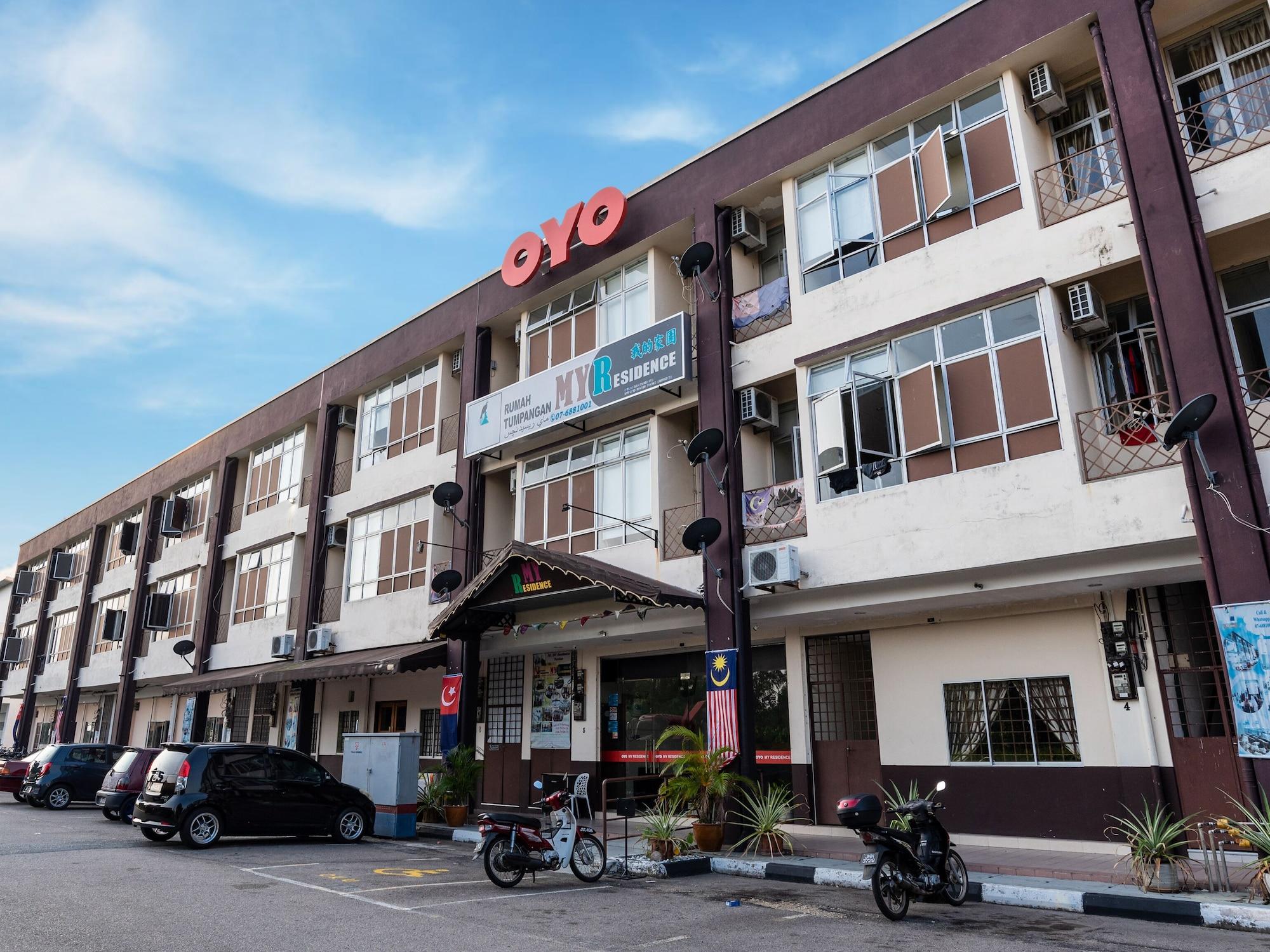 OYO 586 My Residence Hotel, Pontian