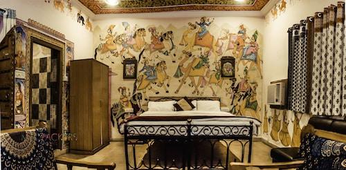 The madpackers Pushkar, Ajmer