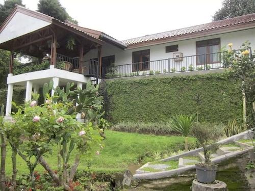 Villa Eco Resort by SKH, Bogor