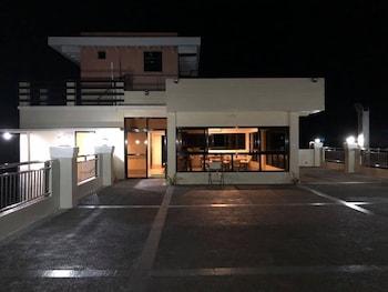 GODO'S HOTEL AND RESTAURANT Terrace/Patio