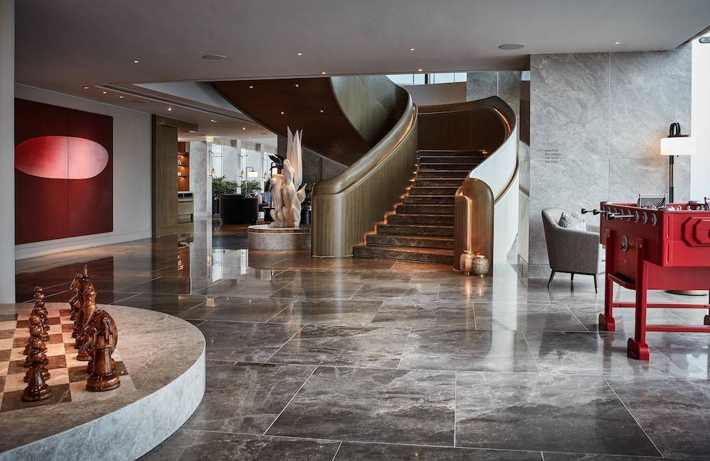 https://i.travelapi.com/hotels/34000000/33030000/33024200/33024178/99494256_z.jpg