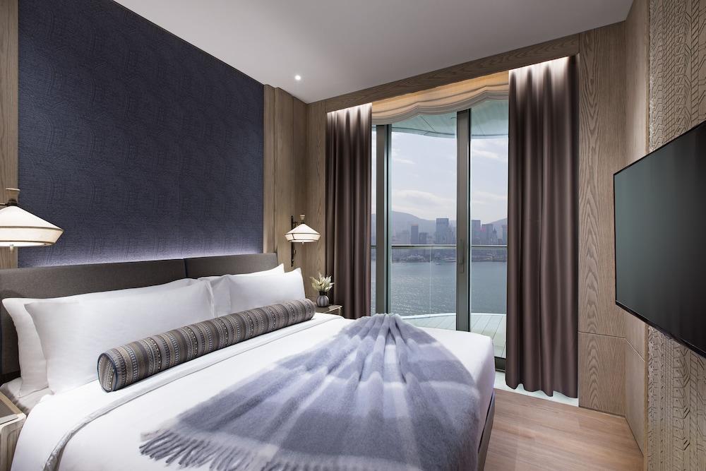 https://i.travelapi.com/hotels/34000000/33030000/33024200/33024178/aaa11f85_z.jpg